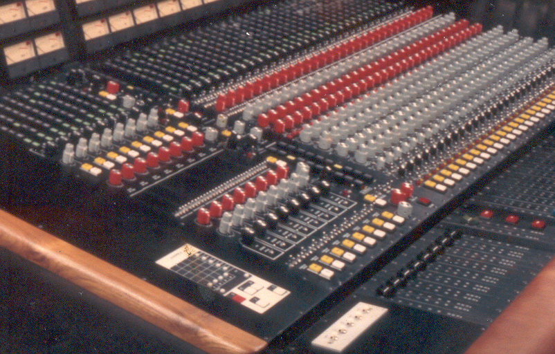 Roth Technical Services 32x24 Recording Desk